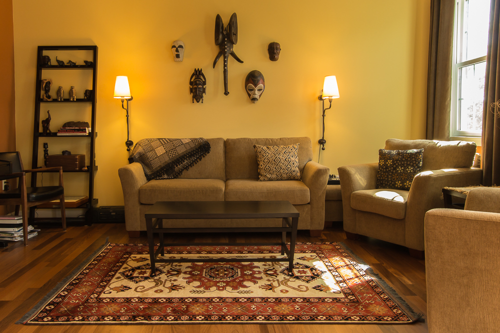 Take a close look at the design elements in the rug, pillows and masks. Liz and Scott have a wonderful eye for design elements that go so well together and were able to combine beautiful art pieces from around the world.
