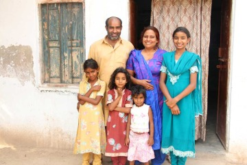 Bunyaad artisans Arshad, Mustaq and family